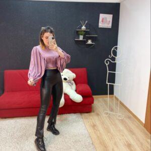 Pantalone a zampa con spacchi black