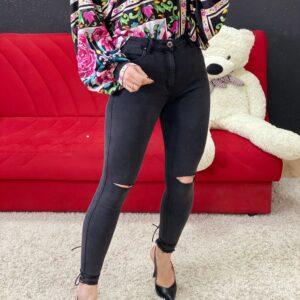 Jeans black con strappi