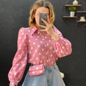 Camicia con pochette a pois rosa