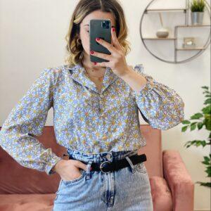 Camicia esmeralda con margherite