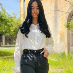 Camicia white con piume
