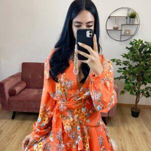 Gonnellina con fiori arancioni