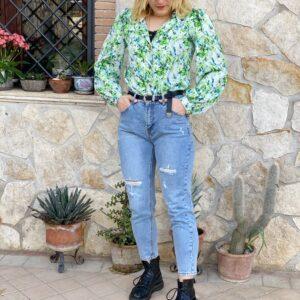 Jeans con borchie