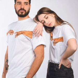 """T-Shirt Unisex """"La creazione di Adamo"""" in cotone personalizzabile dipinta a mano"""