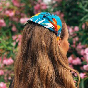 Fascia con fiori blu
