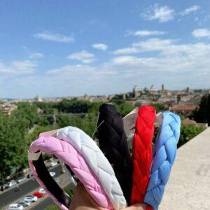 Cerchietto con trecce in vari colori