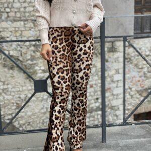 Pantalone a zampa maculato