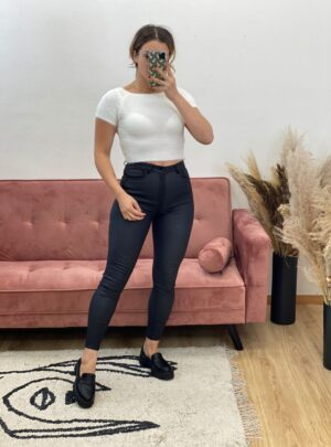 Pantalone ecopelle a vita alta